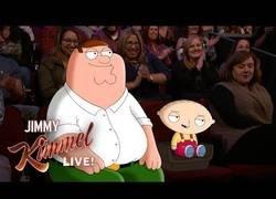 Enlace a Jimmy Kimmel conoce a Stewie y Peter Griffin de Padre de Familia