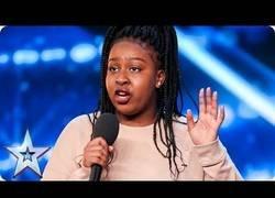 Enlace a La increíble interpretación de esta chica en Britain's Got Talent