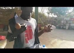 Enlace a Así se toca el Cas Cas, el instrumento africano con el que necesitas mucha habilidad