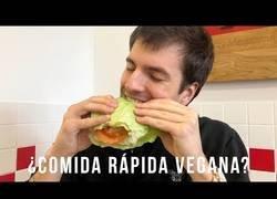 Enlace a ¿Pueden los veganos comer comida rápida?