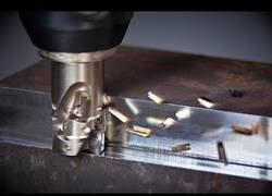 Enlace a El placer de ver como cortan metal