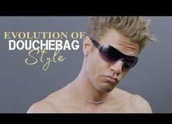 Enlace a La evolución de los seres más malotes de moda en los últimos 100 años