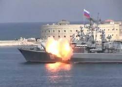 Enlace a El ejército ruso prueba el lanzamiento de un misil desde el mar y la prueba no pudo salir peor