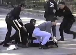 Enlace a Un hombre dispara contra la casa blanca (1994)