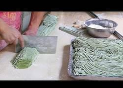 Enlace a Noodles de espinacas, la nueva y rica moda en China
