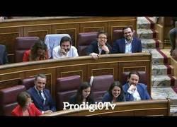 Enlace a Los ZASCAS de Rajoy al PSOE y Pedro Sánchez. Hasta Pablo Iglesias, Rivera e indepes se ríen