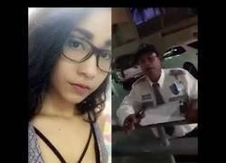 Enlace a Una joven denuncia a un vigilante de seguridad por decirle