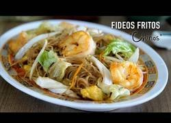 Enlace a Fideos de arroz fritos estilo chino