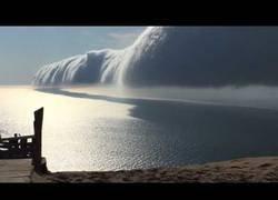 Enlace a La nube infernal que se formó en el cielo que Michigan que atrajo a muchos turistas