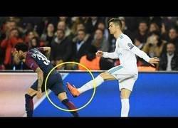 Enlace a Los momentos más antideportivos del fútbol en un solo vídeo