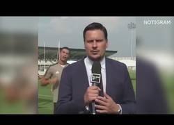 Enlace a Cristiano troleando a un periodista de la Juventus en mitad de un entrenamiento