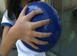 Enlace a El curioso caso de esta familia brasileña donde todos sus miembros tienen seis dedos en cada mano