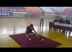 Enlace a Record de squatts con una pierna