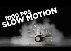 Enlace a Slow motion de la explosión de granadas para airsoft