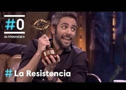 Enlace a Roberto Leal se va a la Resistencia a restregarle un premio a David Broncano