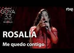Enlace a Rosalía sorprende a todo el mundo interpretando