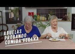 Enlace a ¿Qué piensan las abuelas de los productos veganos?