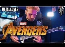 Enlace a El tema principal de Los Vengadores en versión metal
