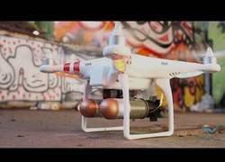 Enlace a DroneBullet. Un dron