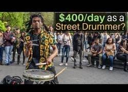 Enlace a El artista callejero que gana 400$ al día en las calles de Nueva York