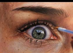 Enlace a Time lapse dibujo hiper realista de un ojo