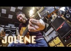 Enlace a Interpretando Jolene en versión metal y el resultado es increíble