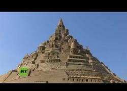 Enlace a Castillo de arena en alemania gana el récord Guiness