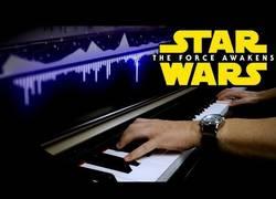 Enlace a Star Wars y piano. Buena combinación