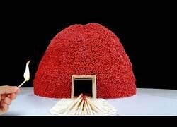 Enlace a El increíble volcán de cerillas