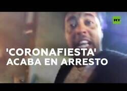 Enlace a Detenido tras retransmitir en directo una 'coronafiesta'