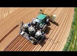 Enlace a Maquinas agrícolas para la cosecha y otros trabajos
