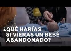 Enlace a ¿Que harías si te encuentras un bebé abandonado?