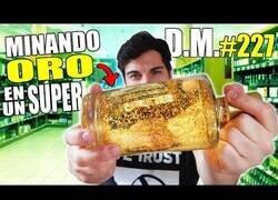 Enlace a ¿Cuánto oro se puede extraer de una botella de licor de oro?