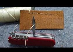 Enlace a Como coser con una navaja suiza