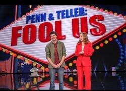 Enlace a ¡WOW! El mago español Mario López sorprende en el programa de Penn & Teller con un show de sal