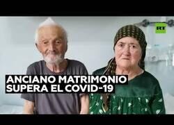 Enlace a Una pareja de ancianos vence al coronavirus
