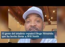 Enlace a El gesto deportivo de un triatleta español que emocionó a Will Smith