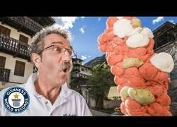 Enlace a El récord mundial de bolas de helado en un solo cono