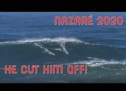 Enlace a Cientos de personas se congregan para ver romper olas gigantes