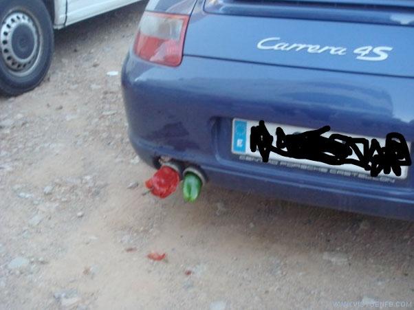 coche,movil,pepino,pimiento,tubo de escape