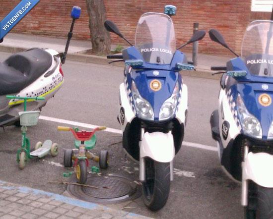 crisis,juguete,policía,recortes