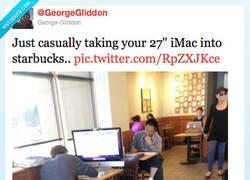 Enlace a Lo típico, ir al starbucks con tu iMac por @georgegliddon
