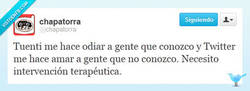 Enlace a Amores en Tuenti vs. Twitter por @chapatorra