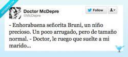 Enlace a En el parto de Carla Bruni por @McDepre