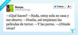 Enlace a Aburrida en casa por @SonnyaOrtega