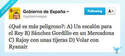 Enlace a ¿Qué es más peligroso? por @gobiernoespa