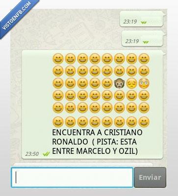 cristiano,emoticono,entre,madrid,marcelo,mono,ozil,ronaldo,triste,whatsapp
