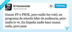 Enlace a Algo raro pasa por @elhumanoide