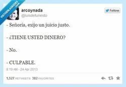 Enlace a La justicia española por @luisdefunesto