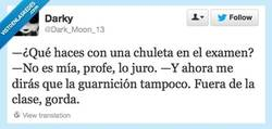 Enlace a No es normal por @dark_moon_13